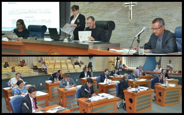 <a href='http://www.camarabarretos.sp.gov.br/noticia/confira-os-resultados-da-sessao-realizada-nesta-segunda-feira-23-de-novembro!4467'>Confira os resultados da sessão realizada nesta segunda-feira, 23 de novembro</a>