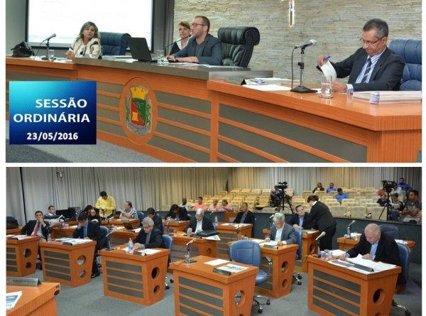 <a href='http://www.camarabarretos.sp.gov.br/noticia/confira-os-resultados-da-sessao-ordinaria-desta-segunda-feira-23-de-maio!4520'>Confira os resultados da Sessão Ordinária desta segunda-feira, 23 de maio</a>