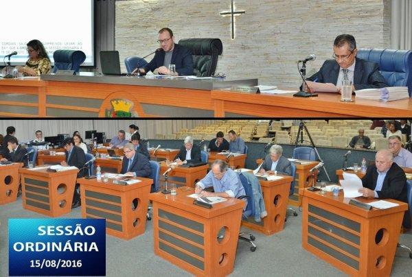<a href='http://www.camarabarretos.sp.gov.br/noticia/confira-os-resultados-da-sessao-ordinaria-desta-segunda-feira-15-de-agosto!4553'>Confira os resultados da Sessão Ordinária desta segunda-feira, 15 de agosto</a>