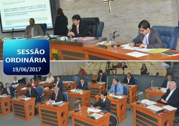 <a href='http://www.camarabarretos.sp.gov.br/noticia/veja-como-foram-as-votacoes-na-sessao-ordinaria-desta-segunda-dia-19!4646'>Veja como foram as votações na Sessão Ordinária desta segunda, dia 19</a>