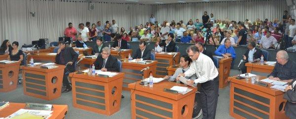 TEMPO REAL: Acompanhe as votações na Sessão Extraordinária desta segunda, 18/12/2017 da Câmara Municipal de Barretos-SP - Foto 3