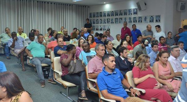 TEMPO REAL: Acompanhe as votações na Sessão Extraordinária desta segunda, 18/12/2017 da Câmara Municipal de Barretos-SP - Foto 7
