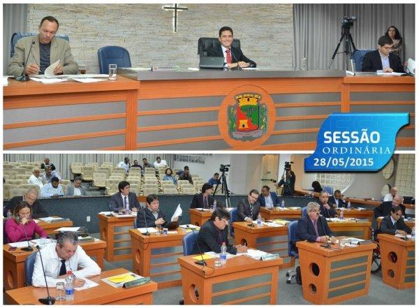 <a href='https://camarabarretos.sp.gov.br/noticia/confira-os-resultados-da-sessao-ordinaria-desta-segunda-feira-28-de-maio!4757'>Confira os resultados da Sessão Ordinária desta segunda-feira, 28 de maio</a>