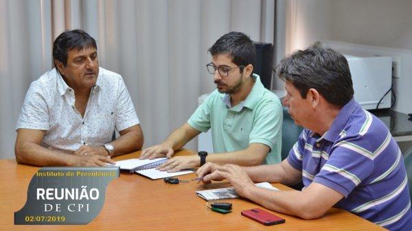 <a href='https://camarabarretos.sp.gov.br/noticia/comissao-de-inquerito-realiza-primeira-reuniao!4888'>Comissão de Inquérito realiza primeira reunião</a>