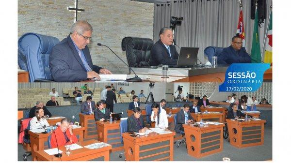 <a href='https://camarabarretos.sp.gov.br/noticia/confira-os-resultados-da-sessao-desta-segunda-17-de-fevereiro!4961'>Confira os resultados da Sessão desta segunda, 17 de fevereiro</a>