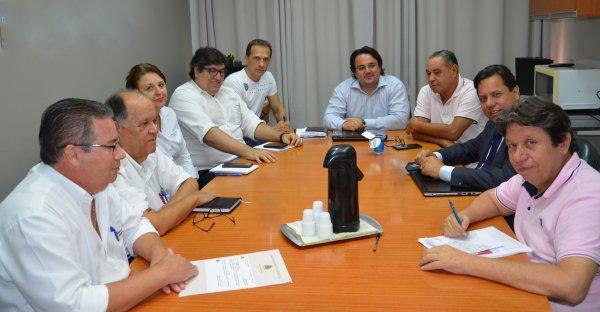 <a href='https://camarabarretos.sp.gov.br/noticia/camara-inicia-trabalhos-para-modernizacao-de-legislacao!4968'>Câmara inicia trabalhos para modernização de legislação</a>