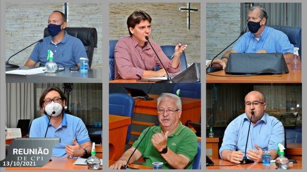 <a href='https://camarabarretos.sp.gov.br/noticia/comissao-de-inquerito-ouve-testemunhas-durante-reuniao!5122'>Comissão de Inquérito ouve testemunhas durante reunião</a>
